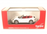 Porsche 911 Carrera 4 Cabriolet (carrara white metallic)